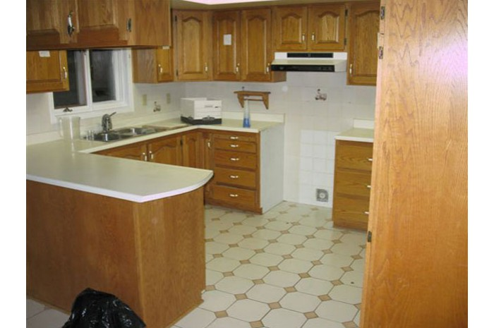 French Casual Kitchen | Before