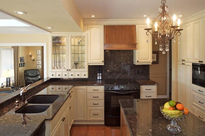 Kitchen Classic Traditional Staron Design Ottawa Canada