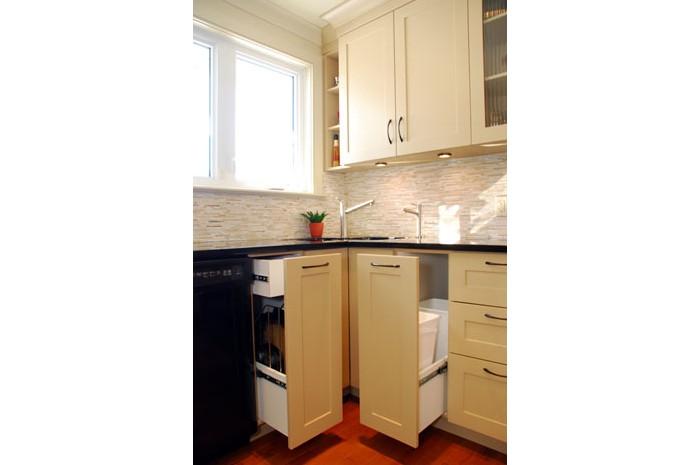 Kitchen 1960 S Bungalow Staron Design Ottawa Canada