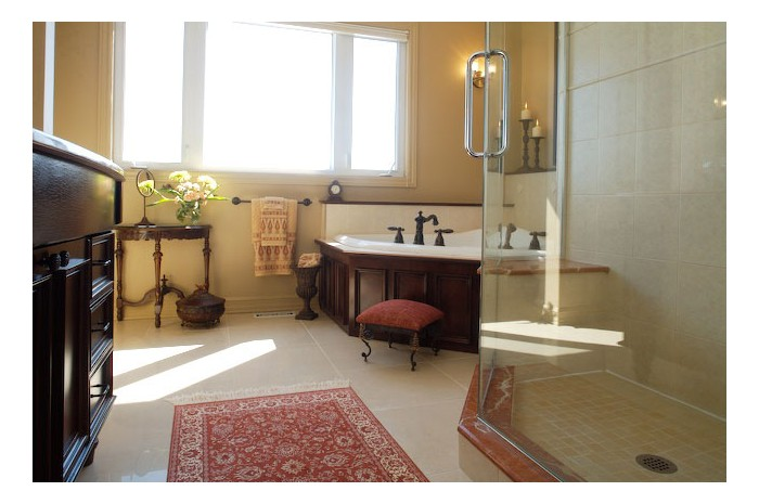 Classic Traditional Ensuite